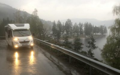 7 things to do when you are caught caravaning in rain